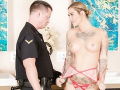 Lawman pulls over a masseuse